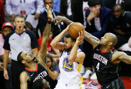Stephen Curry, Golden State Warriors. Trevor Ariza y PJ Tucker, Houston Rockets