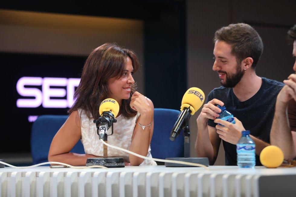 Mara Torres y David Broncano.