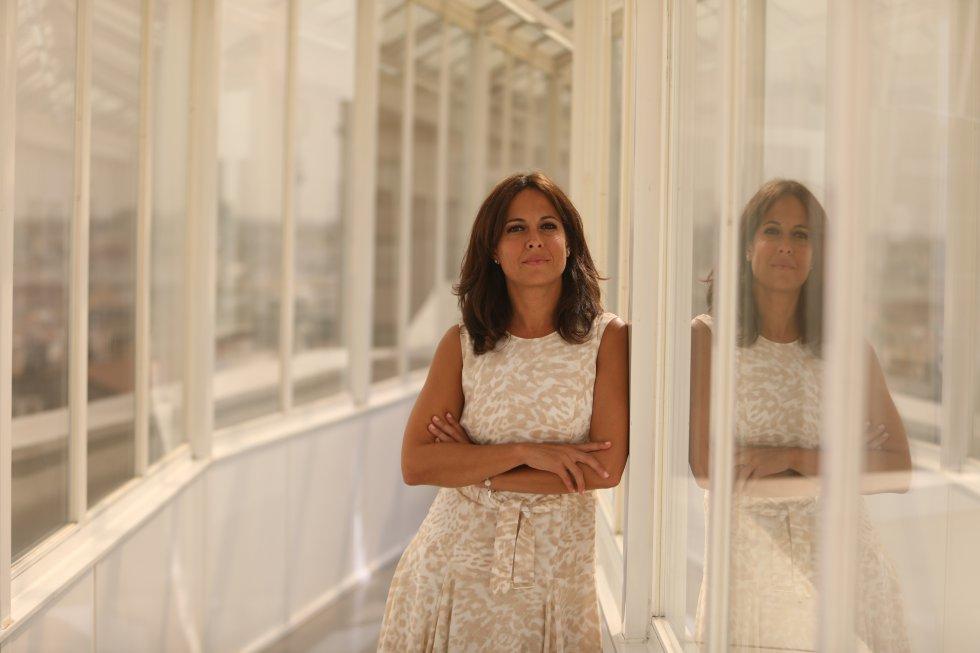 """Mara Torres vuelve a las noches de la SER con un programa que se llamará 'El Faro' que contará con oyentes. """"Vuelvo a las noches. Echo de menos a los oyentes de la Cadena SER"""", ha dicho durante la presentación."""