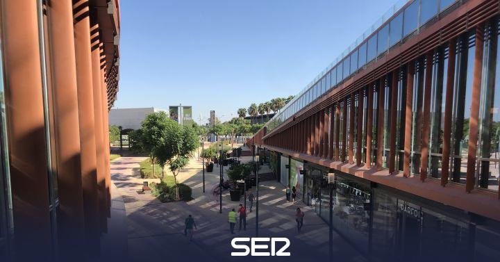 Todo Preparado Para La Apertura Del Centro Comercial Torre Sevilla