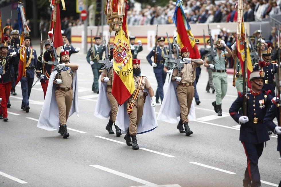 Grupo de regulares de Ceuta en el desfile del 12 de Octubre en Madrid, Día de la Hispanidad.