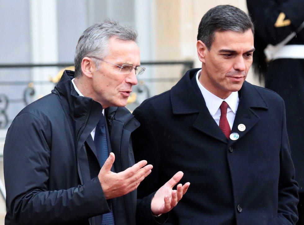 Secretario general de la OTAN  Jens Stoltenberg y el presidente de España Pedro Sánchez