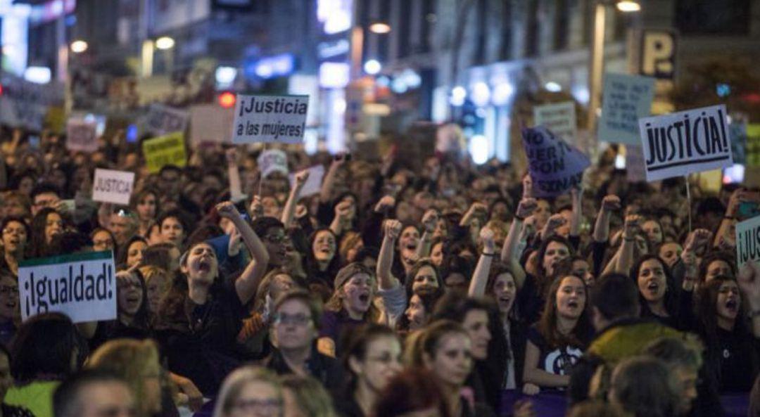 Image result for manifestación feminista