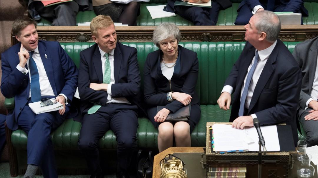 Derrota historica de Theresa May: el Parlamento británico rechaza el acuerdo sobre el 'brexit'