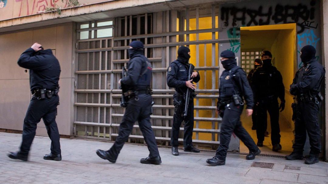 Los Mossos desarticulan un grupo yihadista en Barcelona que tenía voluntad de atentar