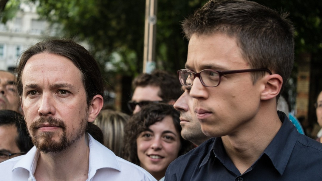 "Iglesias enseña la puerta de salida a Errejón: ""Le deseo suerte con Carmena pero Podemos tiene otra hoja de ruta"""
