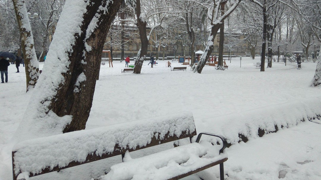 La Aemet alerta de la llegada de un fuerte temporal de nieve, lluvia y viento a partir del martes