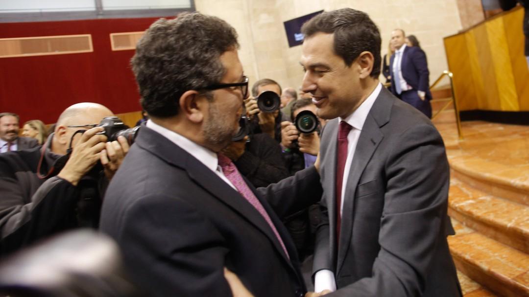 Vox ya presiona al gobierno andaluz: exige expulsar a 52.000 inmigrantes