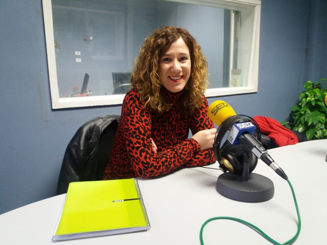 Cristina Laborda, delegada de la Policía Local de Irun, en nuestros estudios.