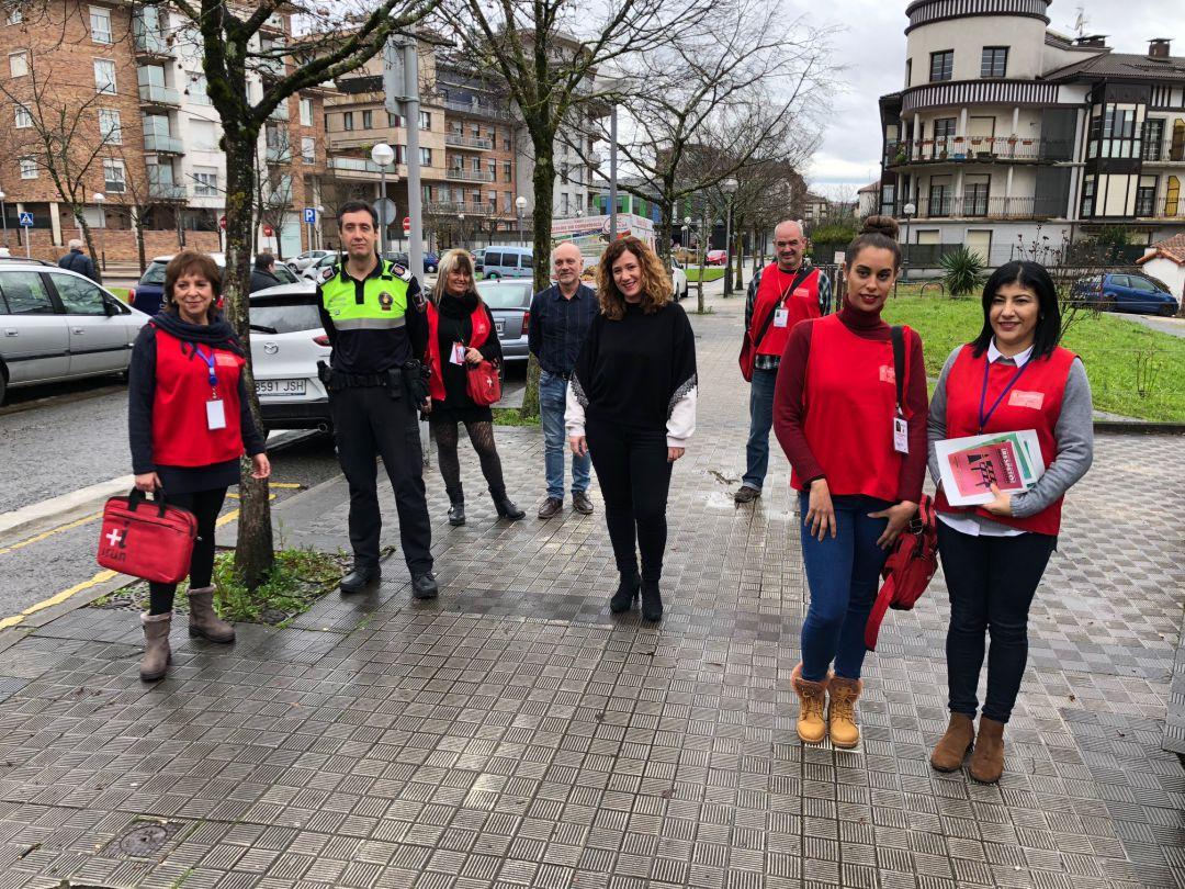 El equipo de agentes cívicos que velan por el cumplimiento de las ordenanzas municipales en las calles.
