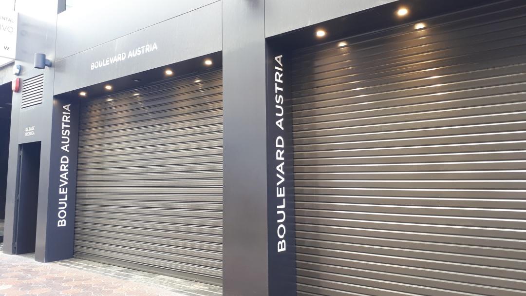 Boulevard Austria echa el cierre ante la llegada del Zara más grande de  Valencia e8251d8dfb4