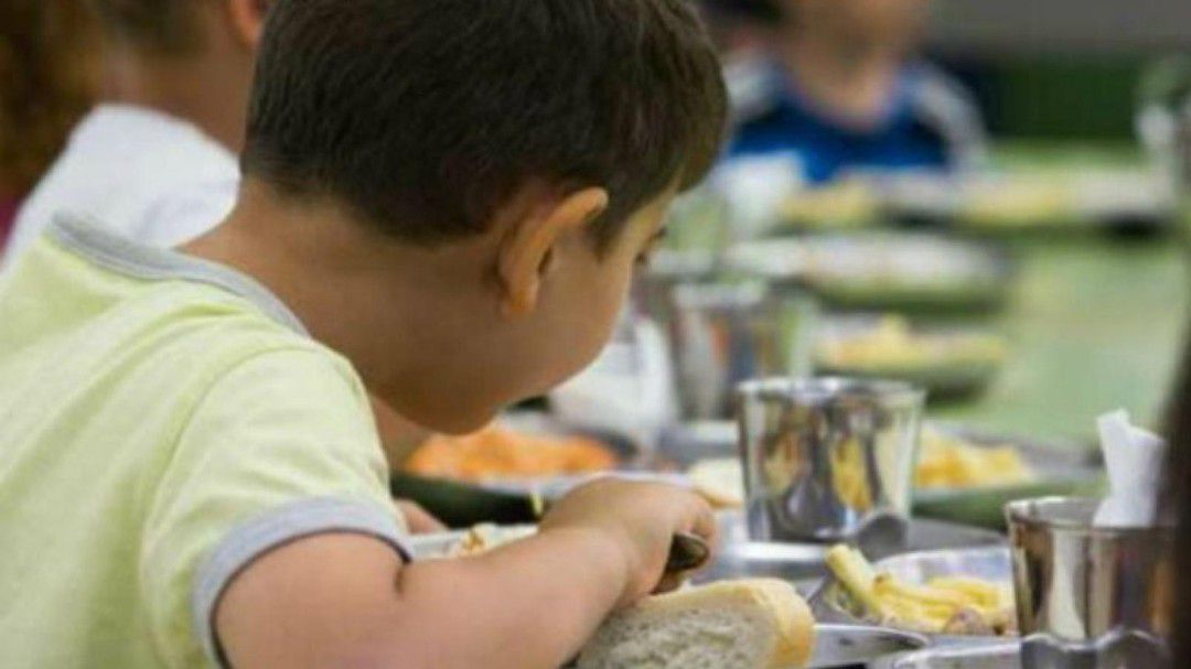 Sanidad investiga a la empresa del comedor del colegio CEU Jesús ...