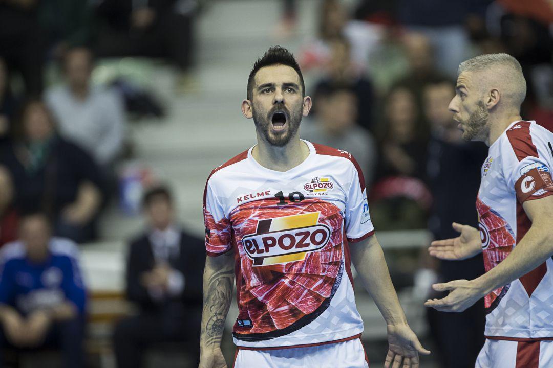 ElPozo consigue empatar con dos goles en los últimos segundos para seguir a 4 puntos del Barça Lassa