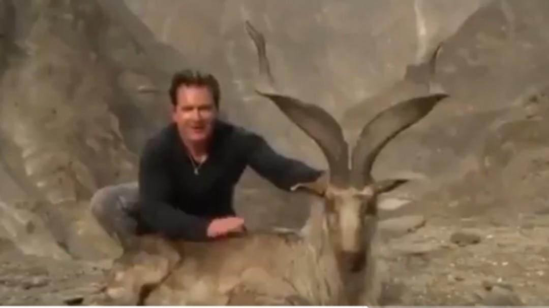 Un ciudadano estadounidense paga más de 100.000 dólares por cazar a una cabra en peligro de extinción