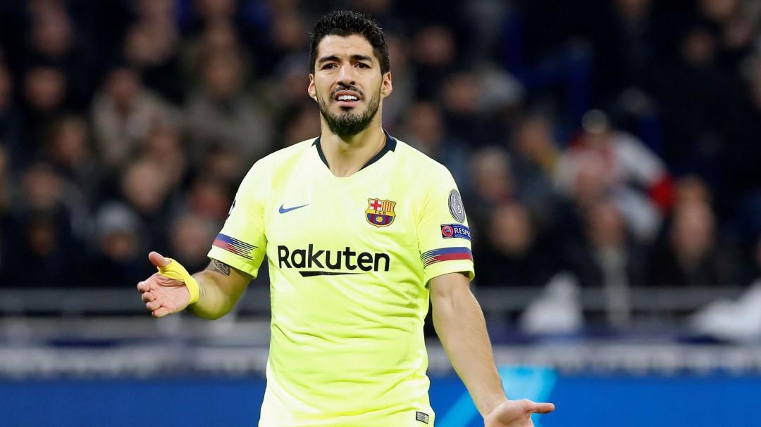 La falta de puntería impide al Barcelona marcharse de Lyon con ventaja