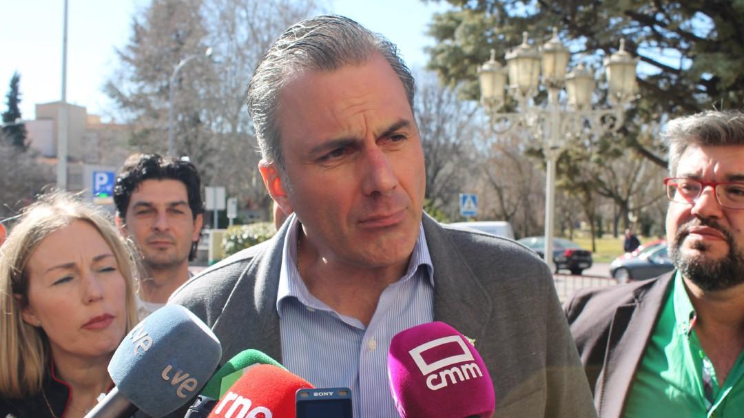 Paparruchas: la trampa de Vox sobre la unidad de España, la confusión de Rivera con la Constitución y Trump miente en nombre de Obama