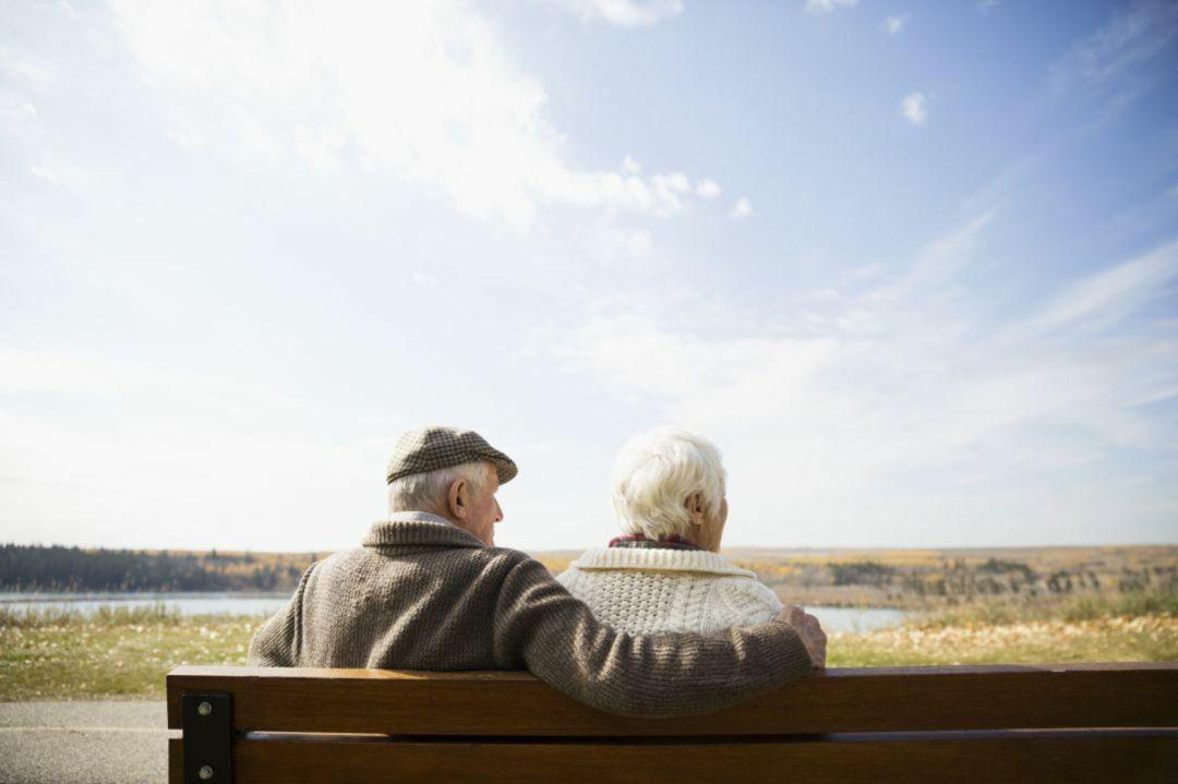 El Ayuntamiento de Irun pone en marcha con mejoras el programa anual de prevención del aislamiento para personas mayores