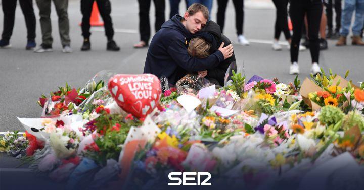 Nueva Zelanda prohibirá los rifles semiautomáticos tras el atentado en el que murieron 49 personas