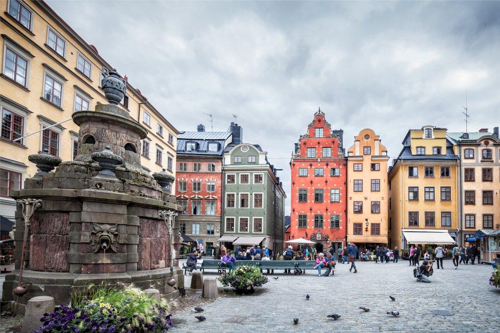 En la imagen, Stortorget, las casas más fotografiadas de Estocolmo (Suecia).