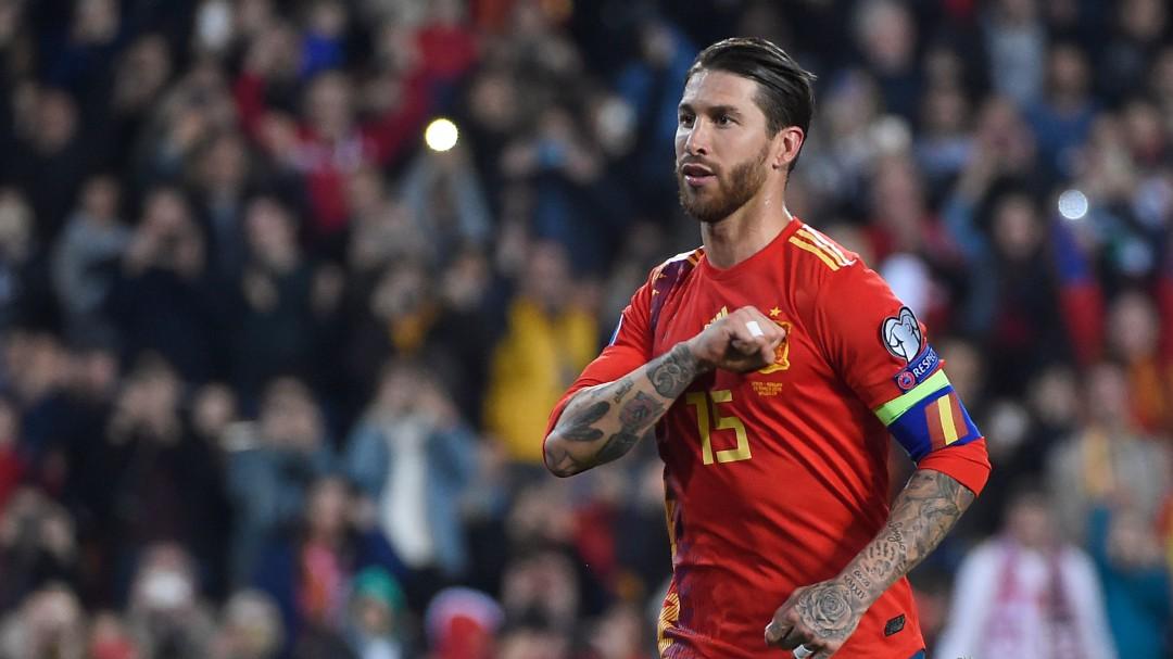Sergio Ramos emerge entre la pólvora mojada de la Selección