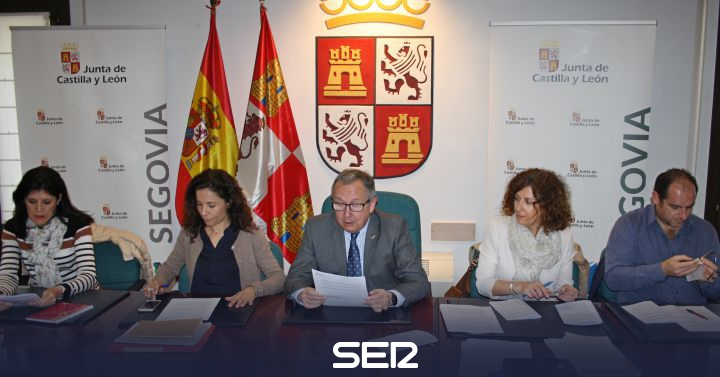 33f540cffcb La Junta autoriza la realización de la réplica de la virgen del Acueducto