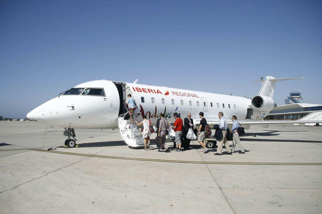 7de532e259 Iberia cobra más de 700 euros por los vuelos, ida y vuelta, desde Madrid