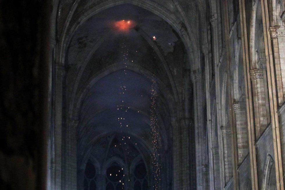 Vista del techo de la catedral de Notre Dame.