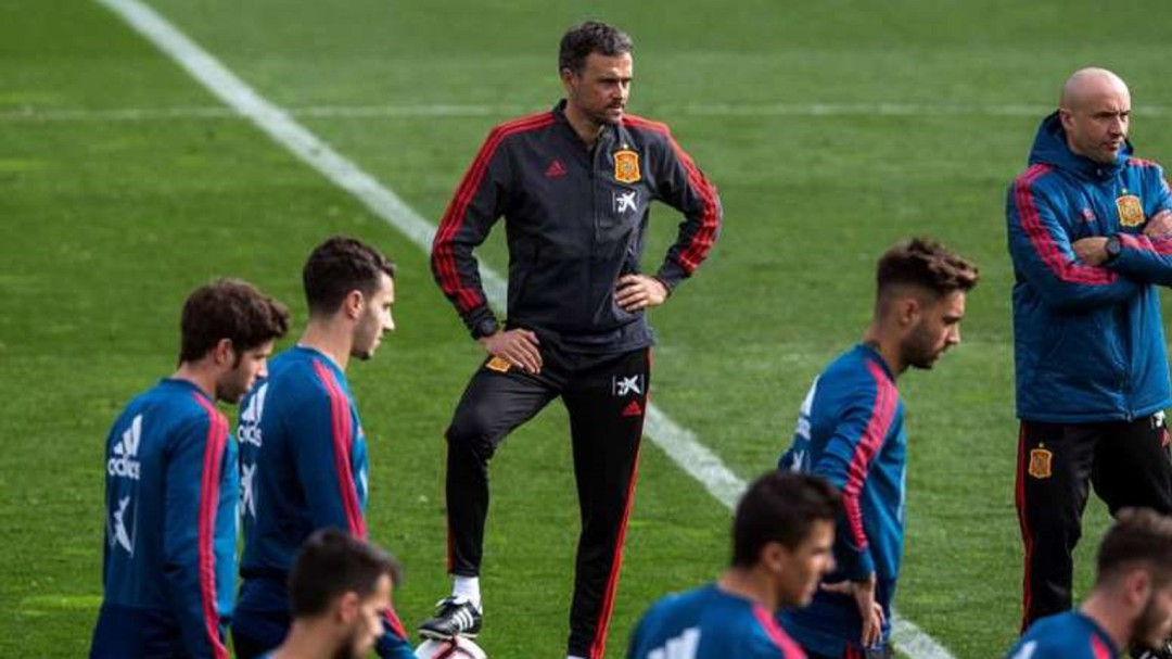 6db8067f88816 Selección española fútbol · La UEFA rectifica y el España-Islas Feroe de El  Molinón se jugará a las
