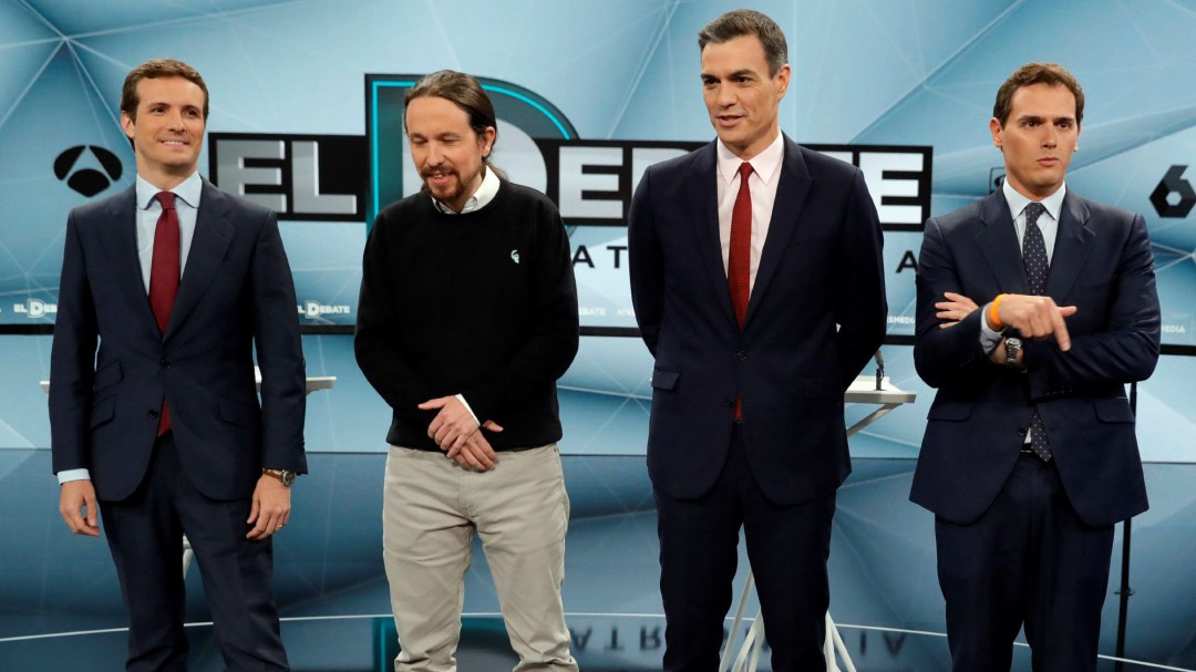 La pugna de Casado y Rivera por liderar la derecha contra Sánchez permite emerger a Pablo Iglesias