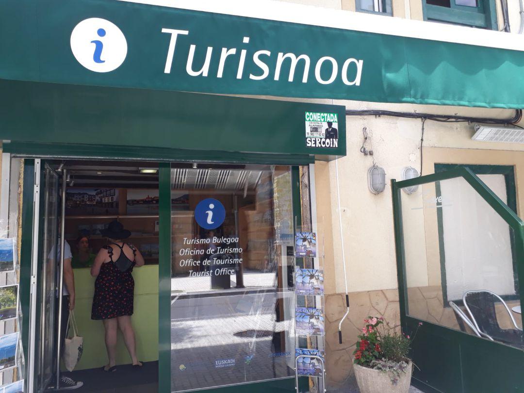 Oficina de Turismo de la San Pedro Kalea en Hondarribia.