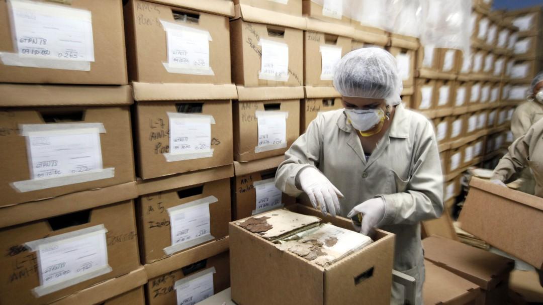 """La """"insostenible"""" situación de los archivos históricos"""
