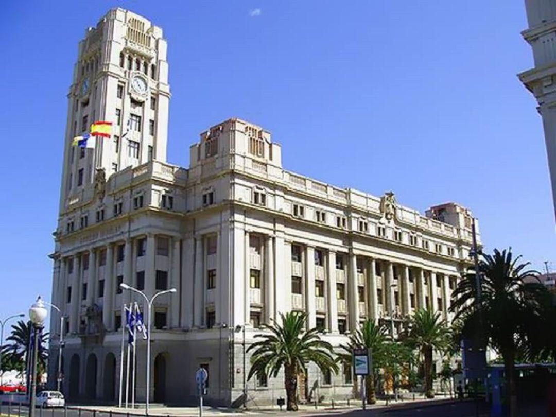 El Cabildo de Tenerife afronta su primera censura y tras 32 años de gobierno de ATI y CC