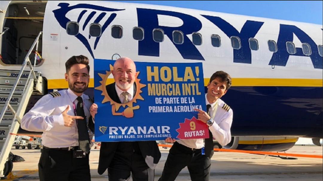 171138b1e Se estrena la conexión aérea entre la Región y Palma de Mallorca