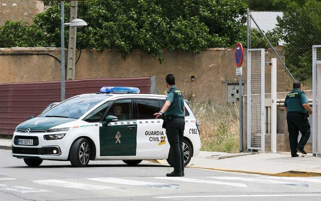Operativo de la Guardia Civil en Caspe