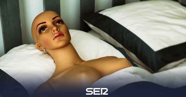 """""""La industria pornográfica trabaja con asistentes virtuales sexuales que sean capaces de darnos todo lo que demandamos"""""""