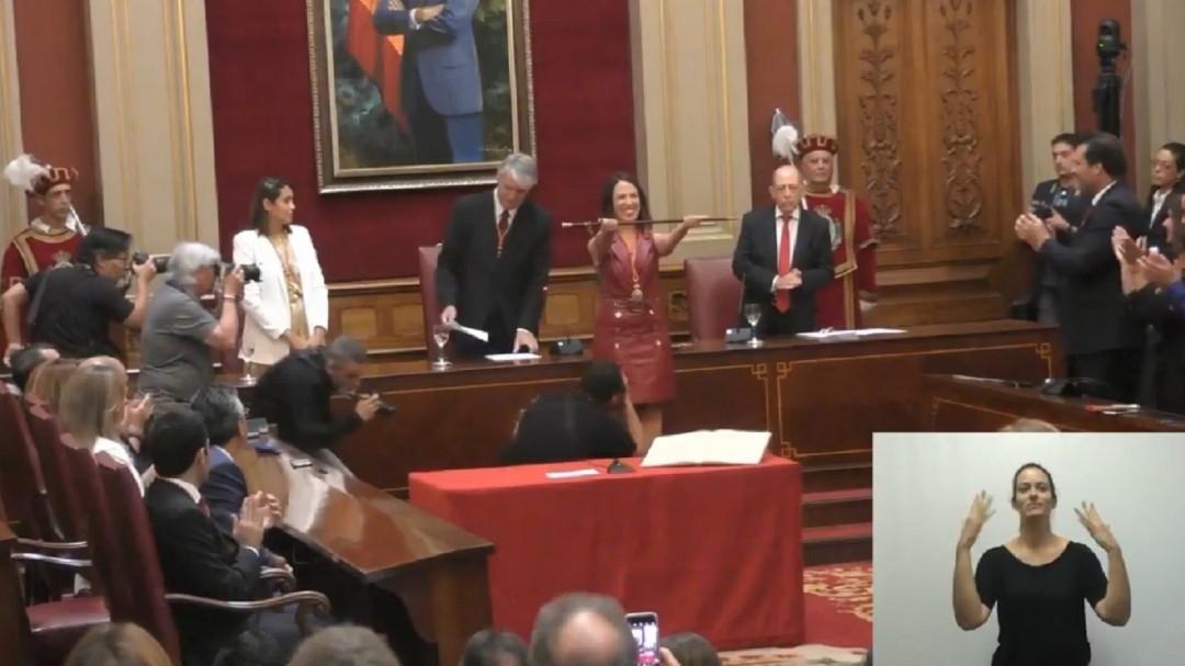 El PSOE logra la alcaldía de Santa Cruz con la desobediencia de los dos concejales de Ciudadanos