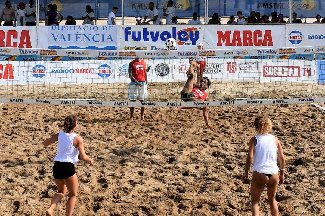 2bd6aa4bca8d La Playa del Cavanna en La Manga acoge la final del Circuito ...