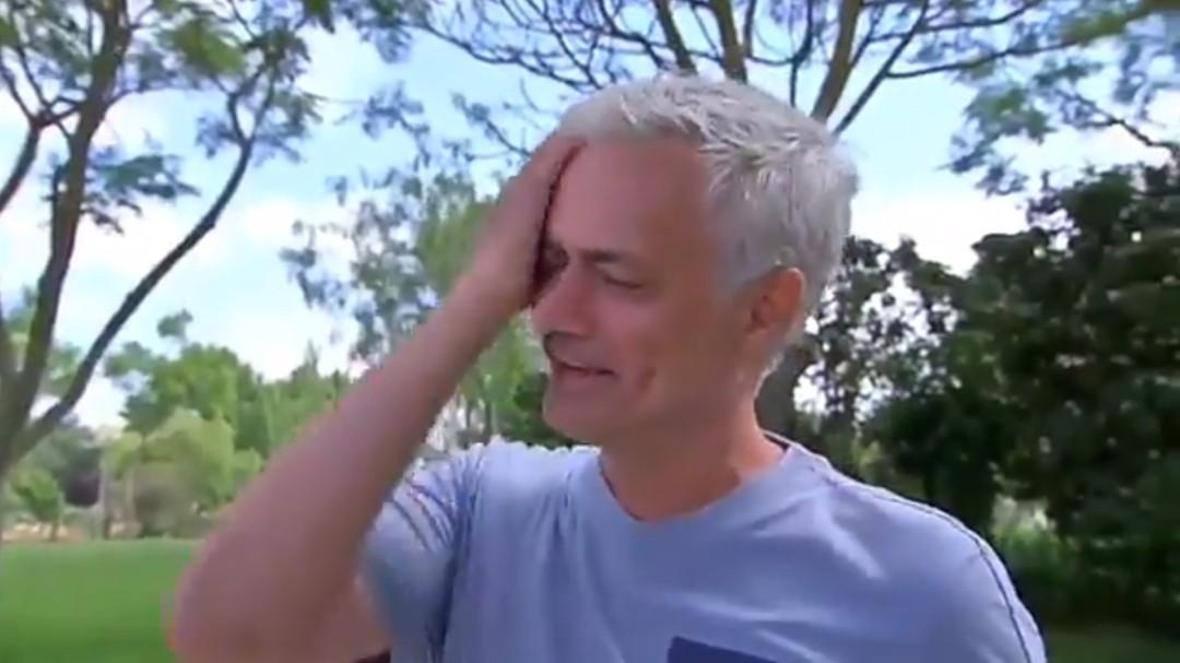 Mourinho, incapaz de reprimir las lágrimas al hablar de su situación actual