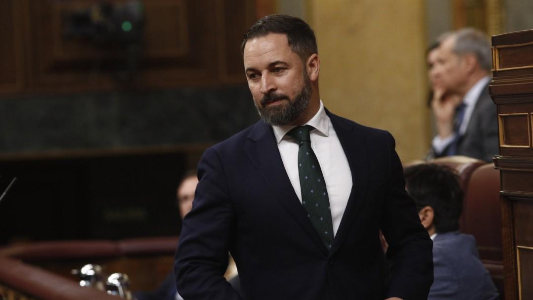 """Vox acusa a Sánchez de colaborar con el tráfico de personas tras la salida del 'Audaz': """"Eres un sinvergüenza"""""""