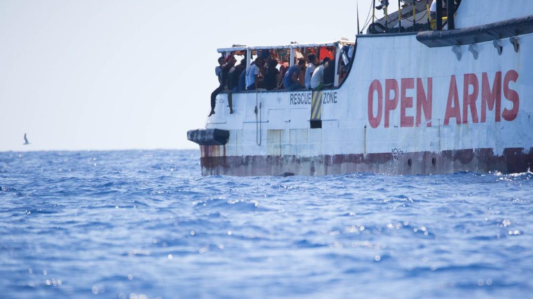 La Fiscalía italiana ordena la incautación del 'Open Arms' y el desembarco inmediato de los migrantes