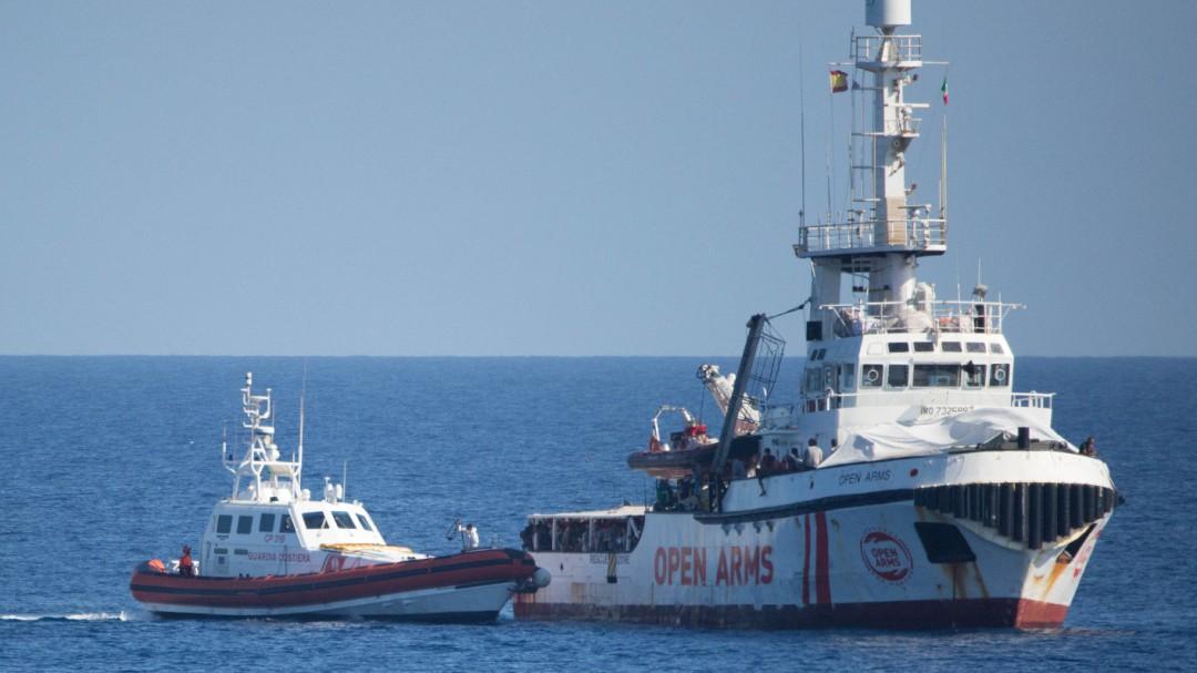 """Italia inmoviliza el 'Open Arms' por """"anomalías graves"""""""