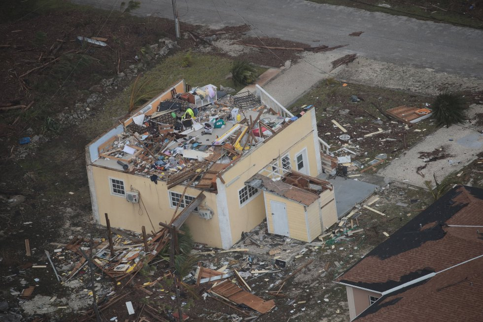 La ayuda para los supervivientes del huracán está llegando no solo de varios gobiernos como los de Estados Unidos, Reino Unido o Canadá, sino también del sector turístico