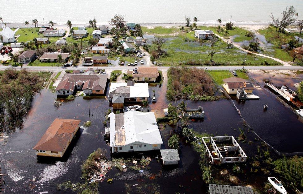 Las autoridades esperan que la cifra de muertos en Bahamas aumente a medida que los equipos de emergencia lleguen a nuevas zonas devastadas.