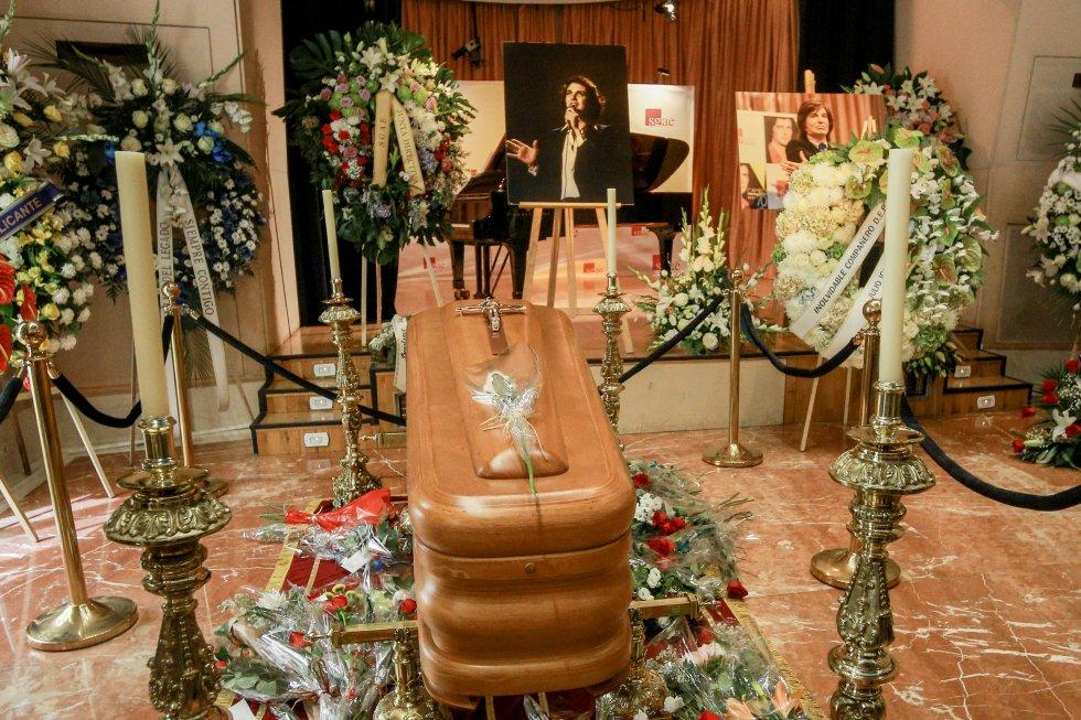 La SGAE acogerá la capilla ardiente del artista durante toda la jornada, en donde sus fans podrán homenajear a su ídolo