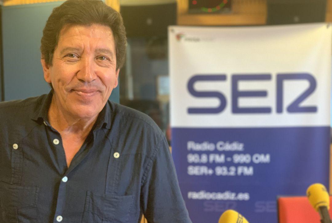 José Antonio Barroso, exalcalde de Puerto Real, en los estudios de Radio Cádiz