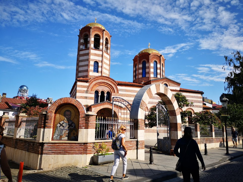 Iglesia de San Nicolás de Batumi, de 1865 (ortodoxa griega). Hoy es uno de los templos más importantes de la capital de Ayaria.