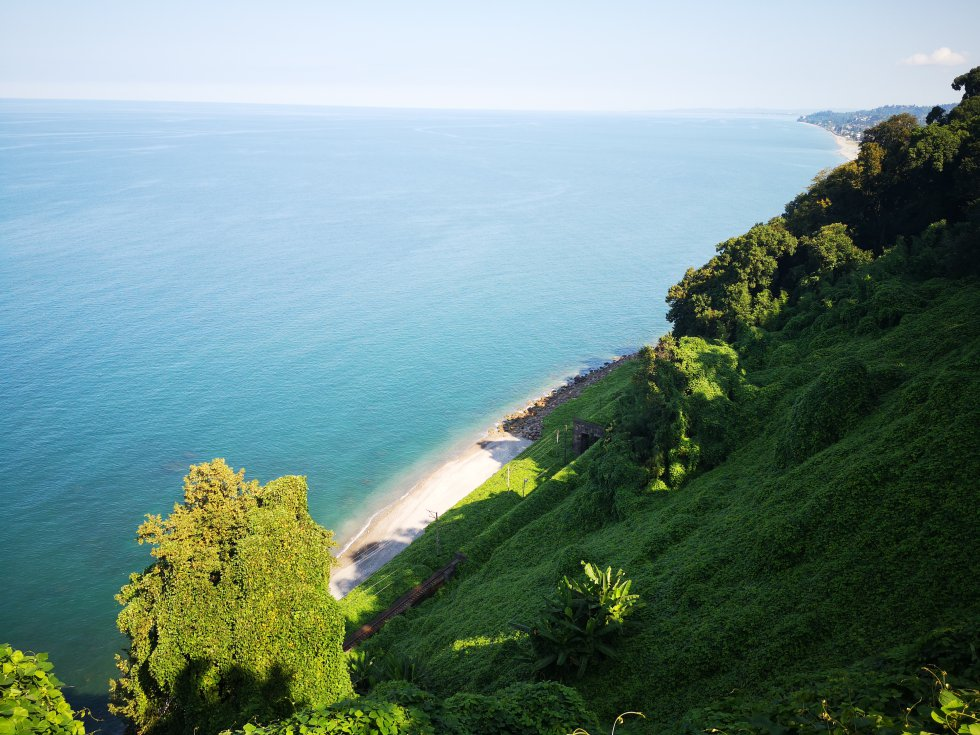 Vista del mar Negro desde el Jardín Botánico de Batumi.