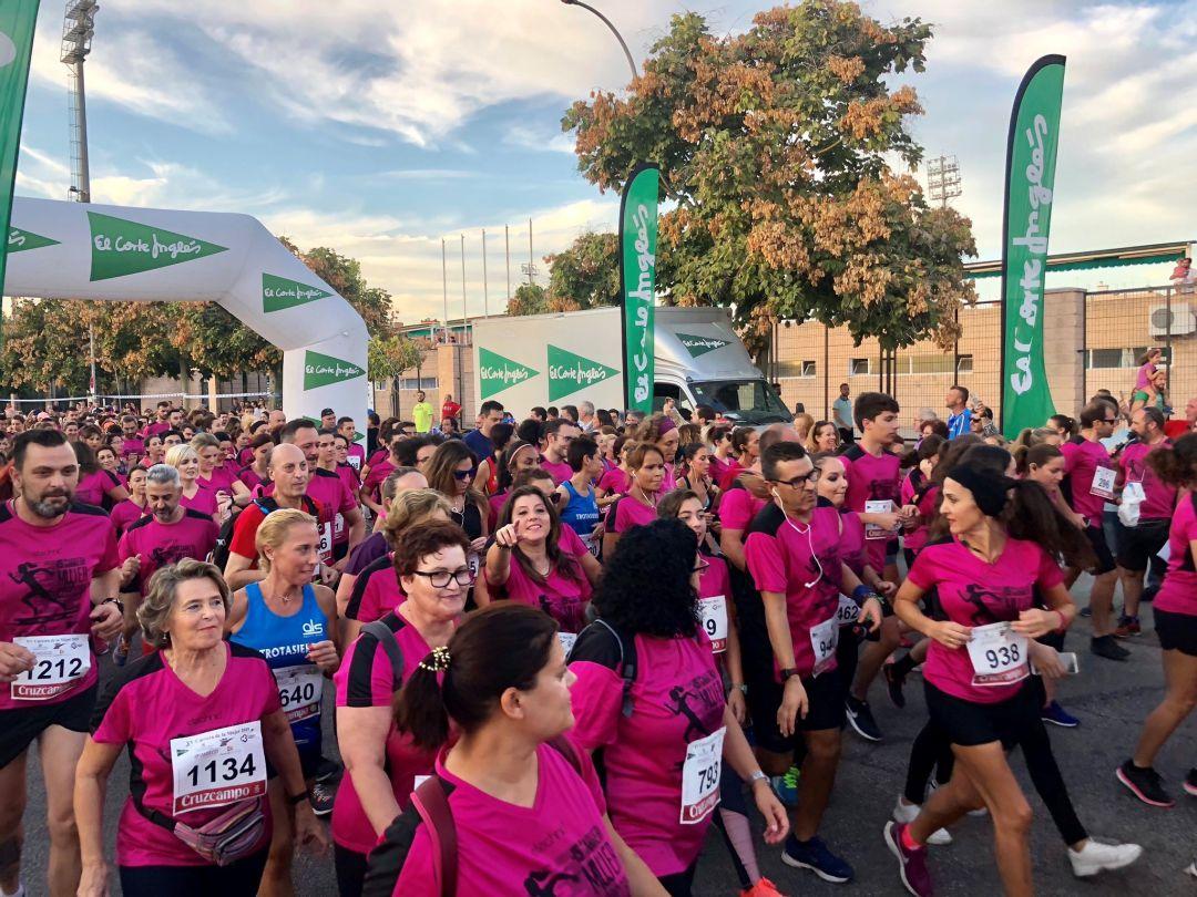 Anzai Desprecio imagina  Más de 2.000 participan este año en la Carrera de la Mujer | Radio Córdoba  | Cadena SER