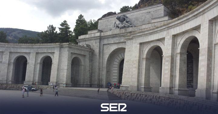 El Gobierno sacará a Franco del Valle de los Caídos antes del 25 de octubre