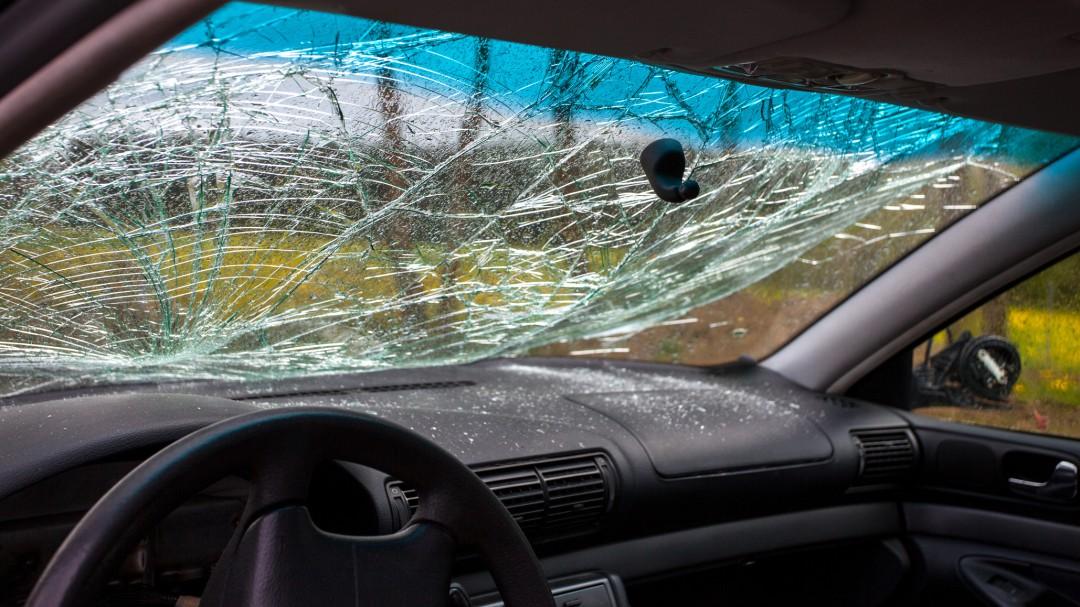 Las siete multas que te pueden poner por culpa de los cristales del coche